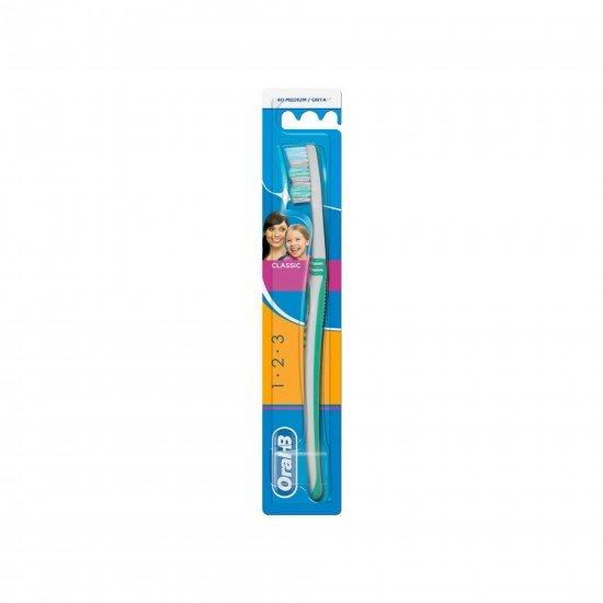 Oral-B 3-Effect Classic Medium-40 Diş Fırçası