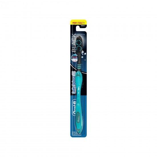 Oral-B Cavity Defense Black Diş Fırçası Medium 30